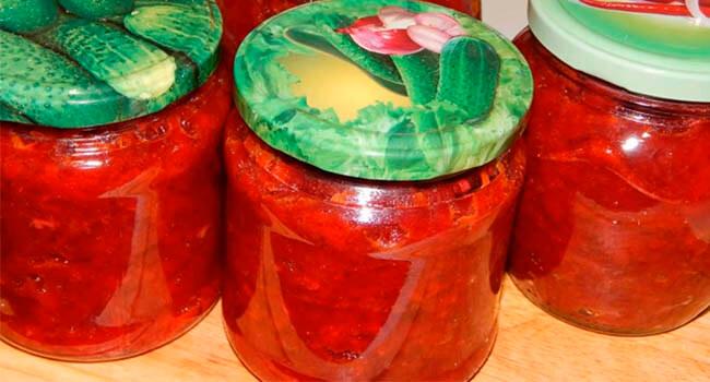 zimnij borshh skapustoj i tomatnoj pastoj
