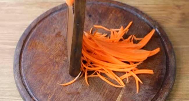 morkov tonkoj solomkoj