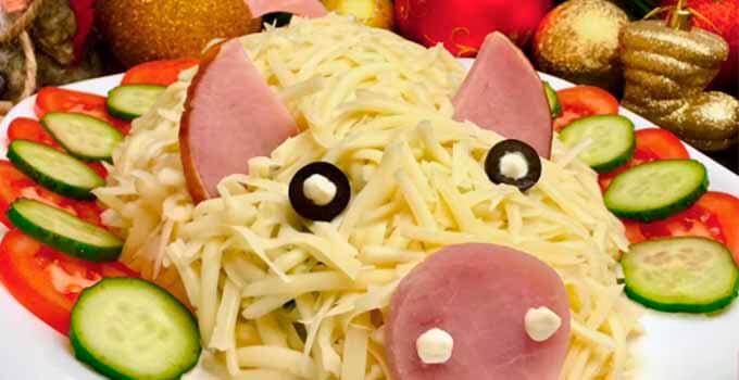 salat-s-ovoshhami-v-forme-svini