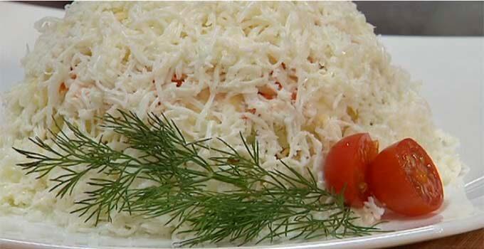 salat-sugrob-s-kolbasoj