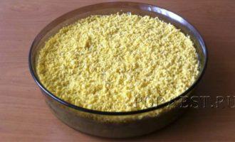 salat-mimoza-recept-s-konservoj