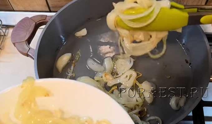 obzharit-luk-dlja-salata