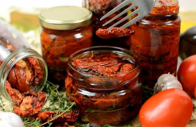 vjalenye-pomidory-v-duhovke