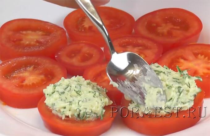 kak-prigotovit-zakusku-iz-pomidor-i-syra