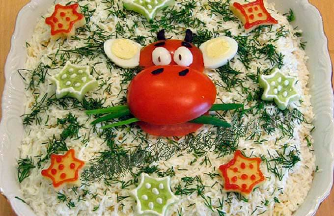 novogodnie-salaty-v-vide-byka_1