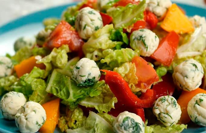 ovoshhnoj-salat-dlja-prazdnichnogo-stola