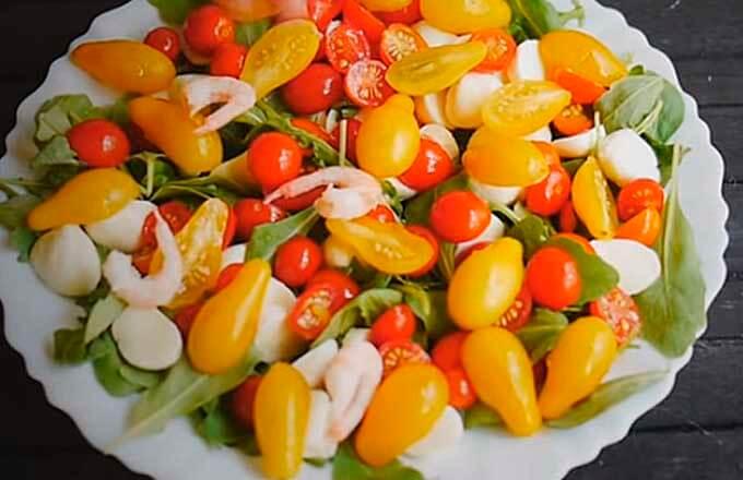 recept-salat-s-krevetkami-na-novyj-god