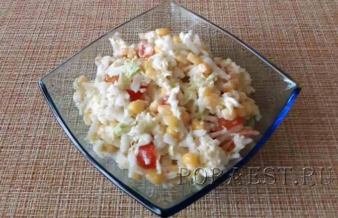 salat-iz-pekinskoj-kapusty-s-syrom