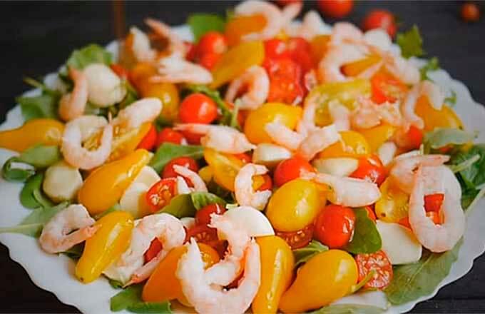salaty-na-novyj-god-s-krevetkami-na-novyj-god