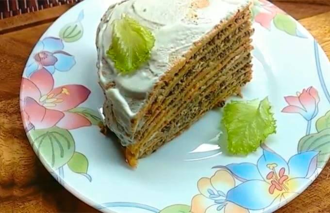 blinnyj-tort-s-nachinkoj-iz-pechenii-syra