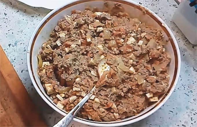 nachinka-iz-pecheni-s-jajcom