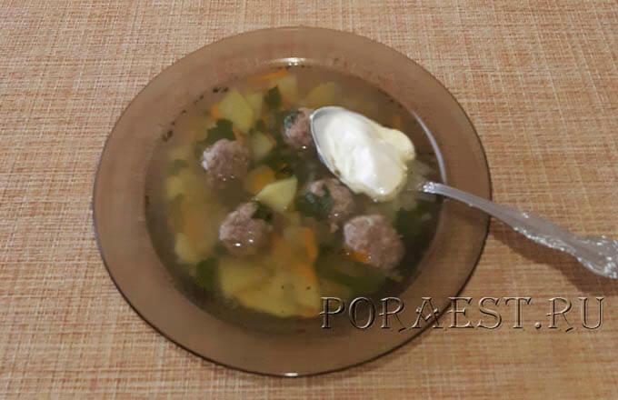 kartofelnyj-sup-s-frikadelkami