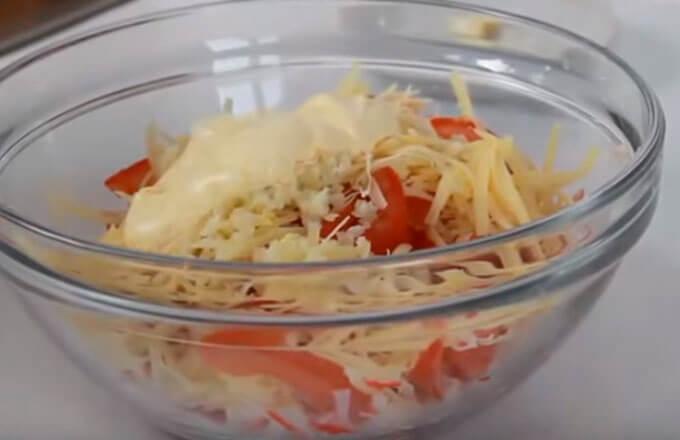 ingredienty-dlja-salata-krasnoe-more