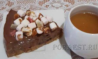 tort-iz-marshmellou-s-shokoladom-i-slivkami