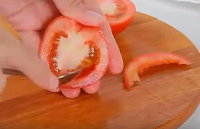 ubrat-semena-u-pomidor