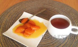 jantarnoe-varene-iz-abrikosov-dolkami