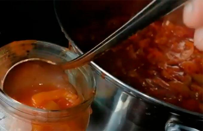 lecho-s-tomatnoj-pastoj