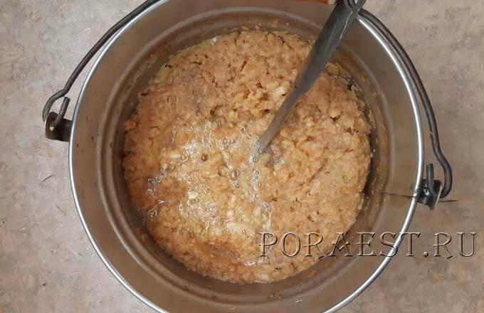 process-brozhenija-jablochnogo-susla
