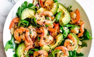 salat-s-moreproduktami